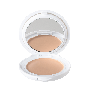 Aven Couvrance kompaktna obojena krema br.1 - porcelaine