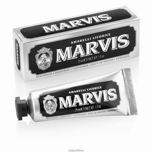 Marvis zubna pasta Licorice mint mini 25 ml